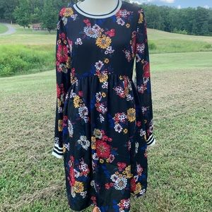 Taylor & Sage Floral Babydoll Dress M